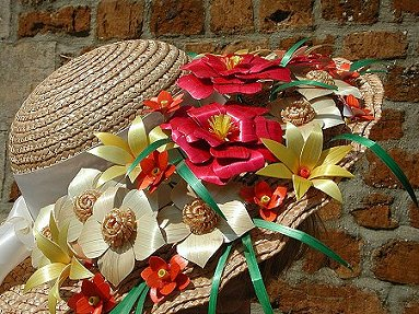 Flowers made from straw