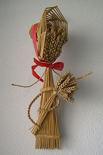 An early form of a harvest maiden. It was named 'The Catherine Wheel Maiden